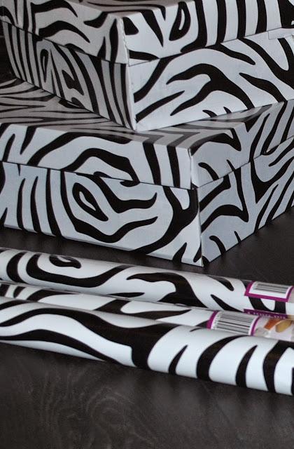 Biedronka Naklejka na meble lub folia dekoracyjna na powierzchnie szklane