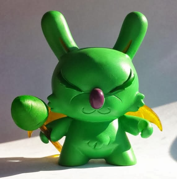"Honey Wing Wasabi LVL9999 Custom 3"" Dunny by Erick Scarecrow"
