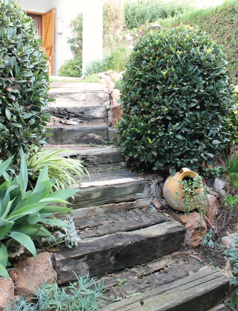 Un peque o arriate de vivaces guia de jardin for Jardines pequenos redondos