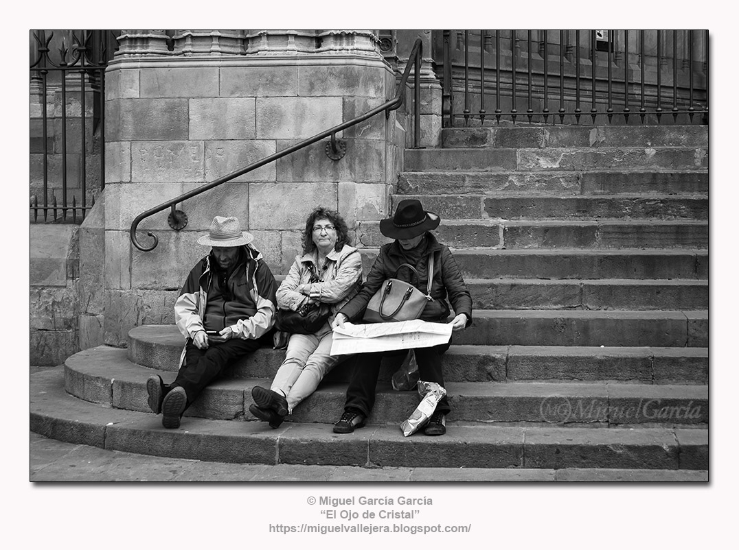 Barcelona.- La Escalinata de la Catedral