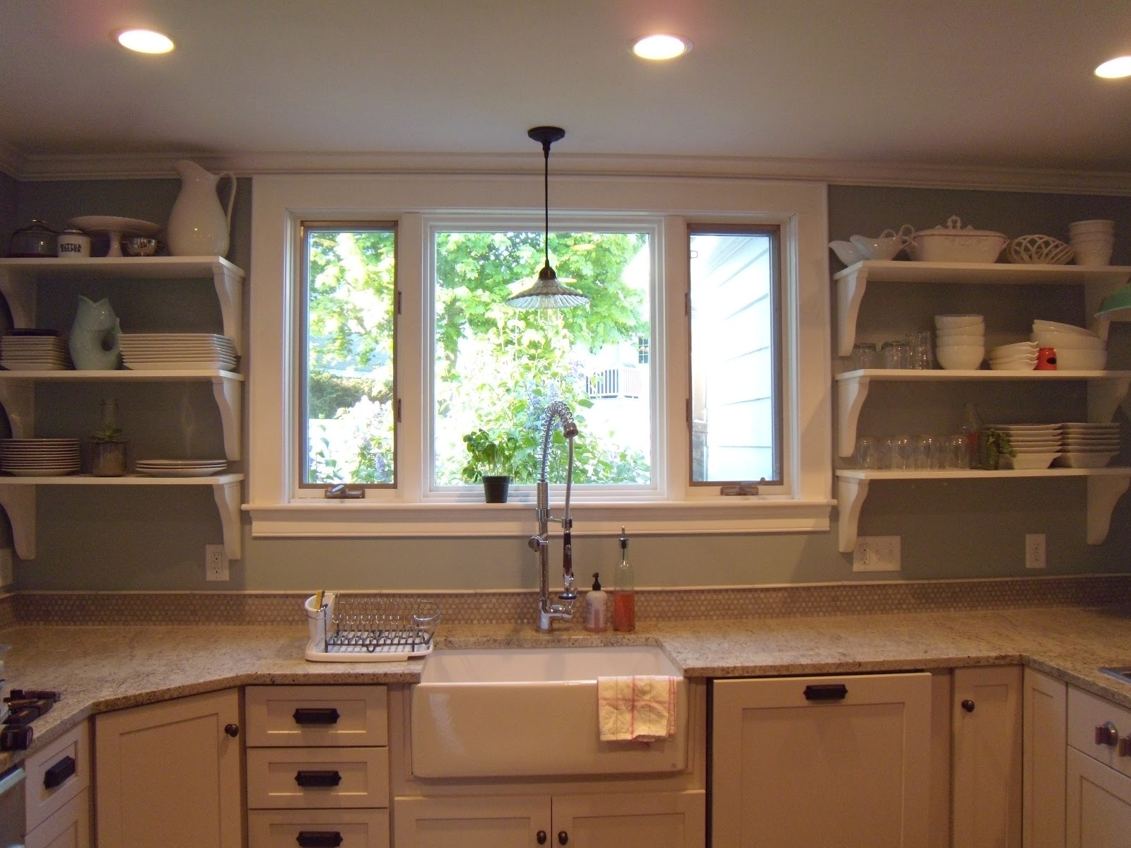 The Benefits Of Open Shelving In The Kitchen: Kavvie Kitchen: Open Shelving #kitchenrenovation