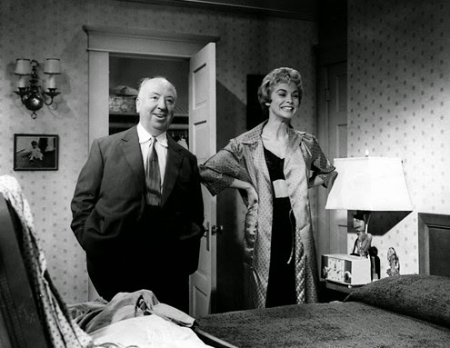Alfred Hitchcock e Janet Leigh sul set Universal Studios