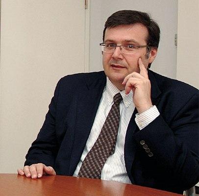 UFRN: Especialista de universidade canadense da Física do Petróleo ministra minicurso sobre Reconstrução de Dados Sísmicos
