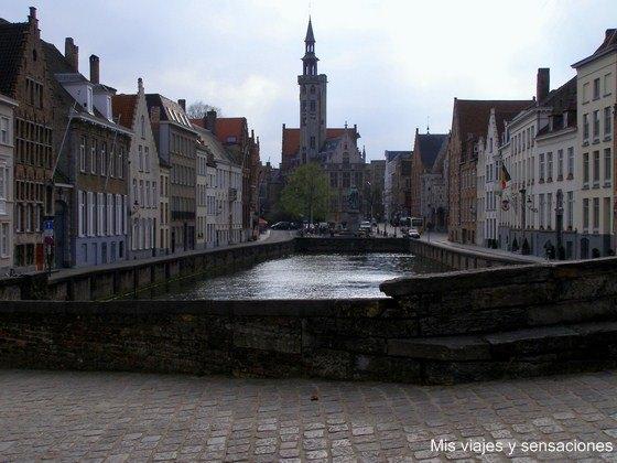 Poortesloge, Plaza Jan Van Eyck, Brujas