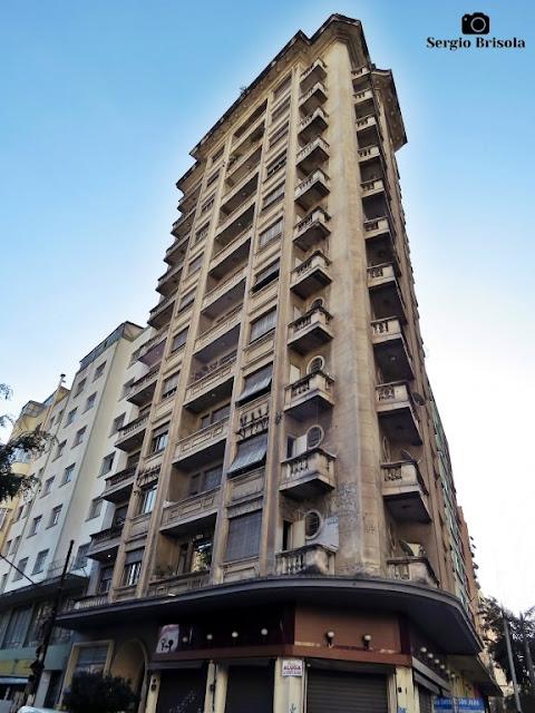 Vista ampla do Edifício Juvial - Santa Cecília - São Paulo