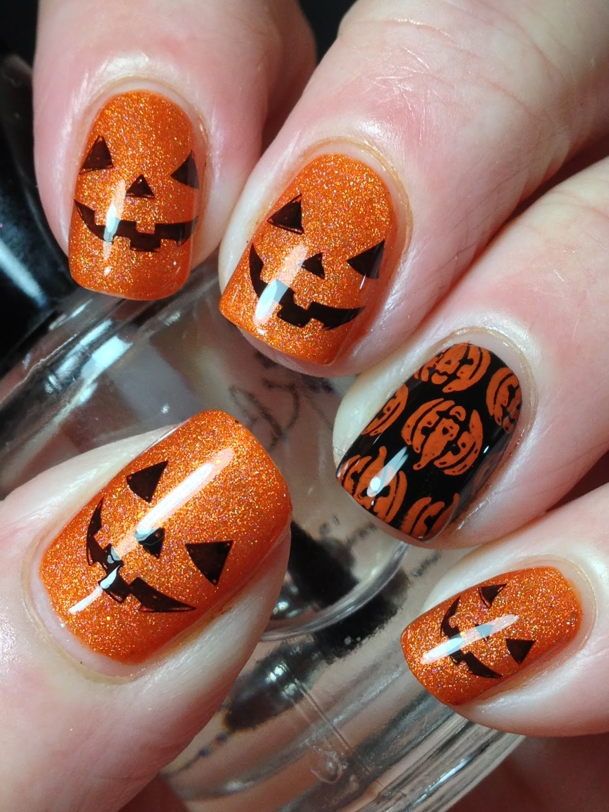 Canadian Nail Fanatic: Cute Halloween Pumpkins!