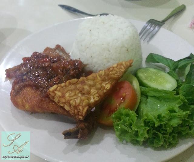 Bila Lelaki Nigeria Belanja Makan