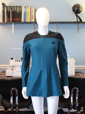 Free TNG medical smock (Dr. Pulaski uniform) sewing pattern