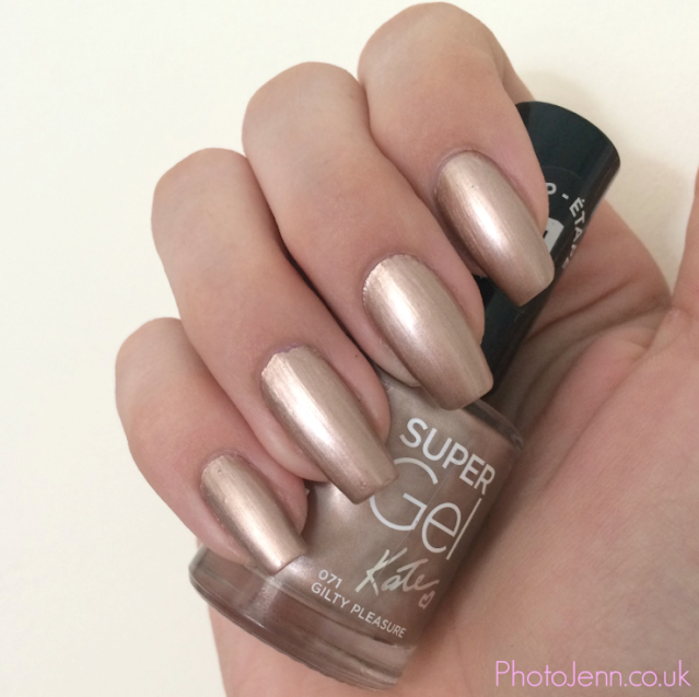 kate-moss-Rimmel-supergel-071-guilty-pleasure-nail-polish