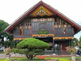 Indonesia sungguh kaya baik alamnya maupun budayanya Rumah Susila Di Indonesia