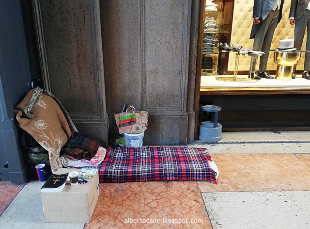 Giaciglio di senzatetto