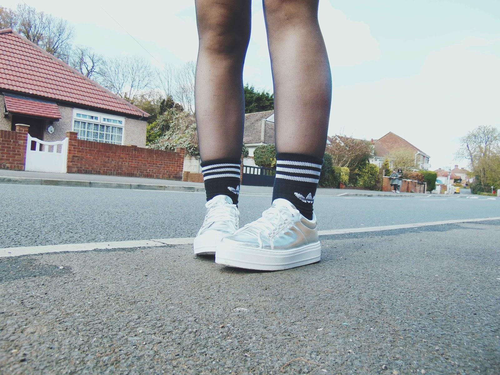 vintage jumper, vintage animal print jumper, button down denim skirt, silver platform trainers, silver flatform shoes, adidas socks, alternative fashion style, 90's outfit ootd