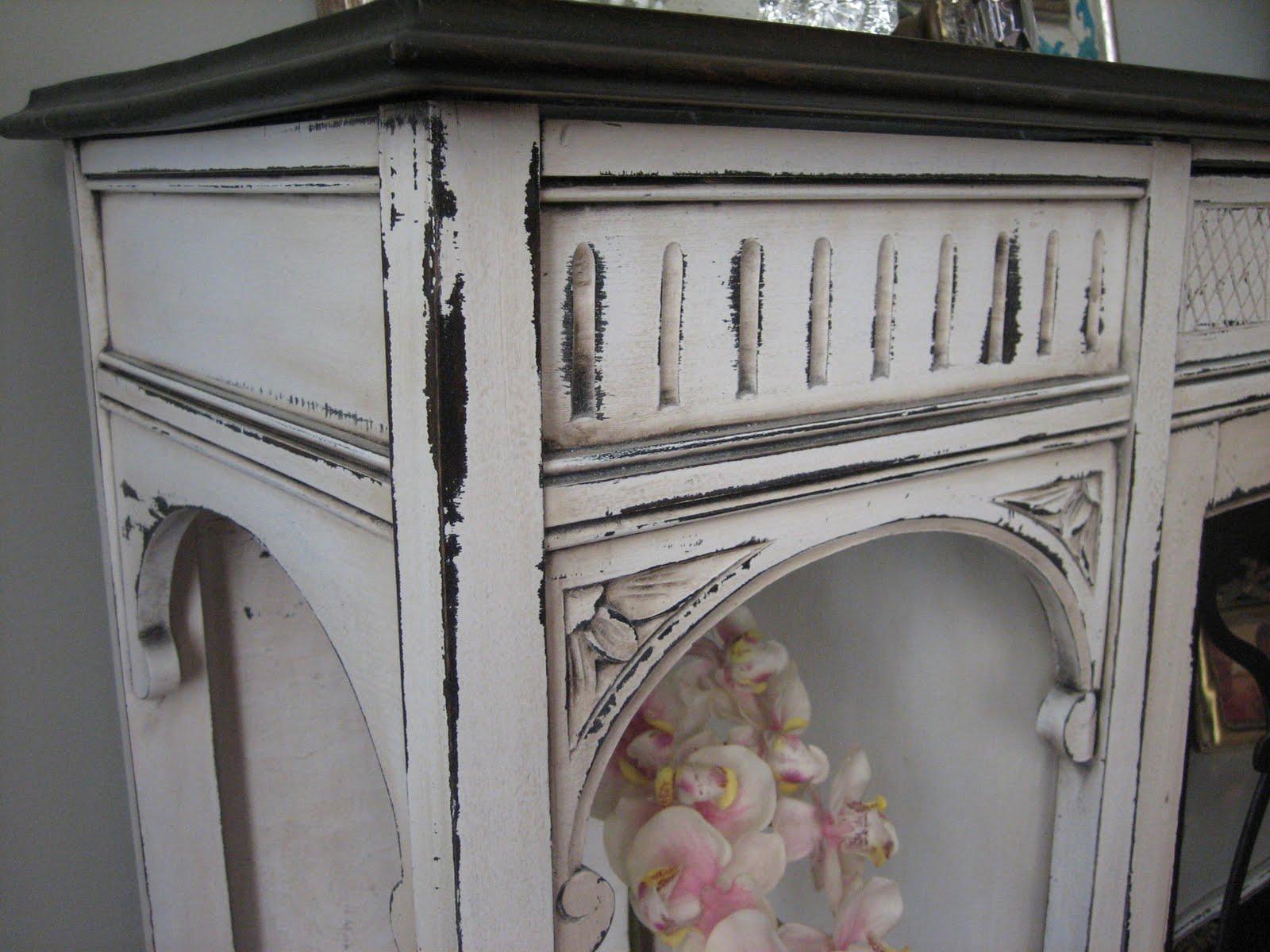 European Paint Finishes Antique Curio Cabinet