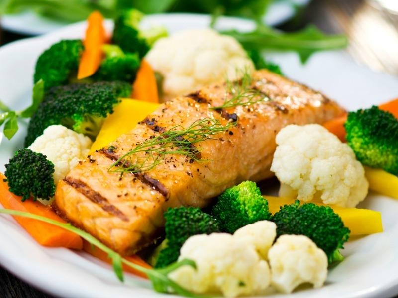 Το τέλειο ψητό ψάρι στο φούρνο με λαχανικά