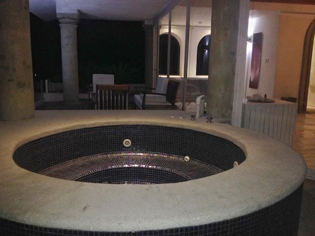 Jacuzzi habitacion De Cantera y Plata en Taxco
