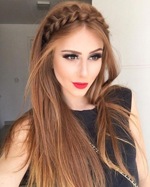 penteado solto com tiara de tranças