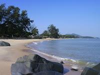 Pesona Pantai Pasir Panjang Singkawang