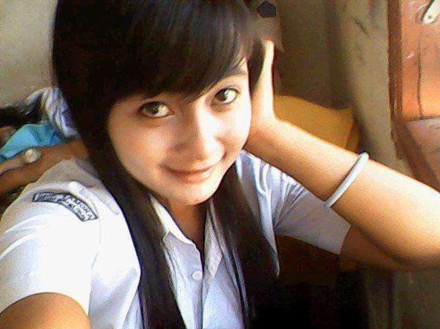 Foto Memek Gadis Seksi Telanjang
