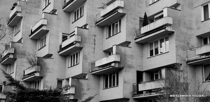 Warszawa Warsaw blok apartamentowiec PRL modernizm architektura warszawskie podwórka 1983 serial balkon