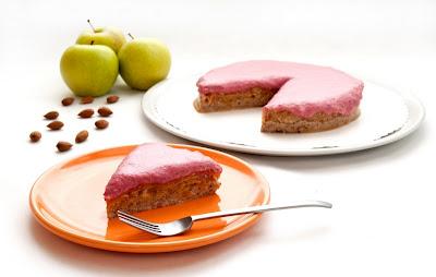 Presna jabolčna tortica z brusnicami