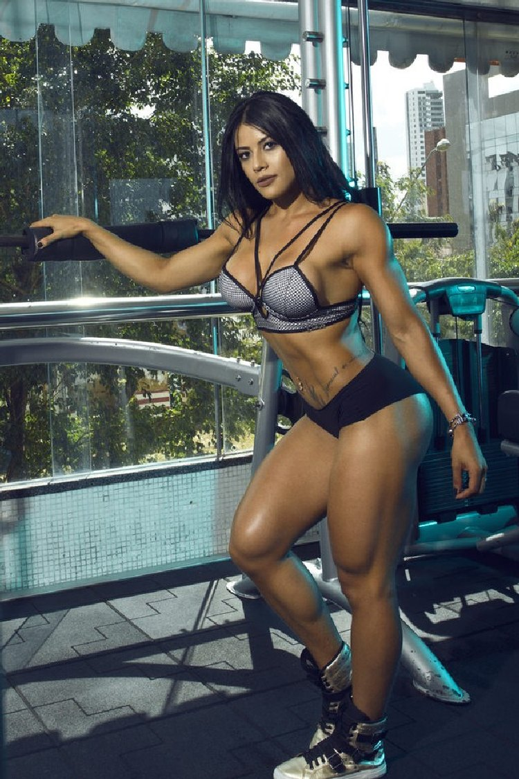 Yasmin Castrill Fitness Model