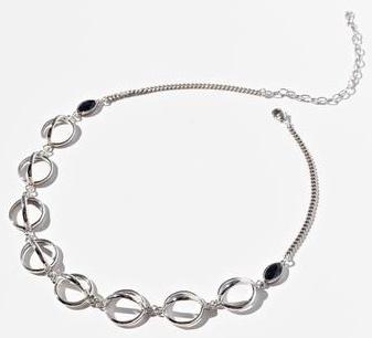 Lili Claspe's Vega Choker in silver