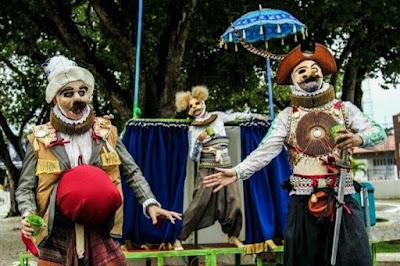 """Jequié recebe a peça teatral """"Os cavaleiros da triste figura"""" obra adaptada de """"Dom Quixote de La Mancha"""""""