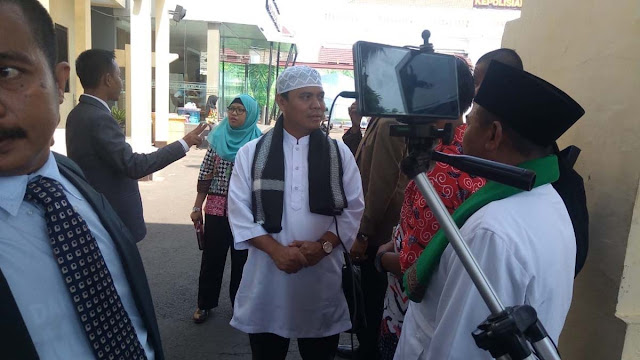 Diduga Langgar UU ITE, Polisi Surabaya Periksa Gus Nur