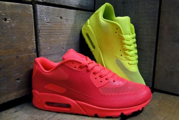 Nike Air Max 90 Hyperfuse – Solar Red & Volt Yellow – Sir