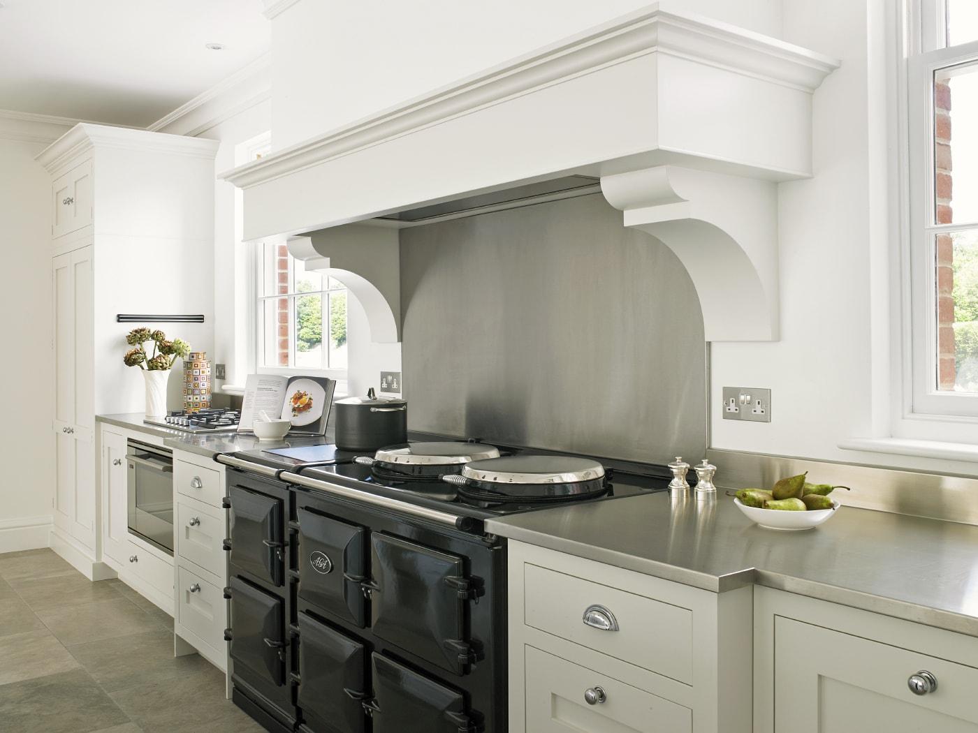 Una delicia para aut nticos chefs cocinas con estilo - Cocina rustica blanca ...