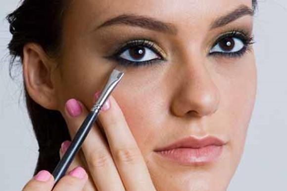 Beleza-de-maquiagem