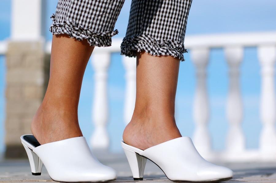 pantalón cuadro vichy Zara, Shoes Asos & Biker & Michael Kors Bag