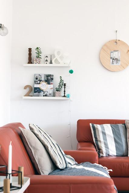 Bilderleiste Ikea dekorieren, Holztablett Diy als Wanddeko