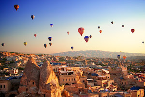Rasakan sensasi menaiki balon udara di Cappadocia