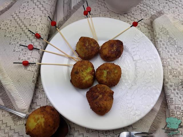 Receta: Croquetas griegas de calabacín. Kolokithokeftedes