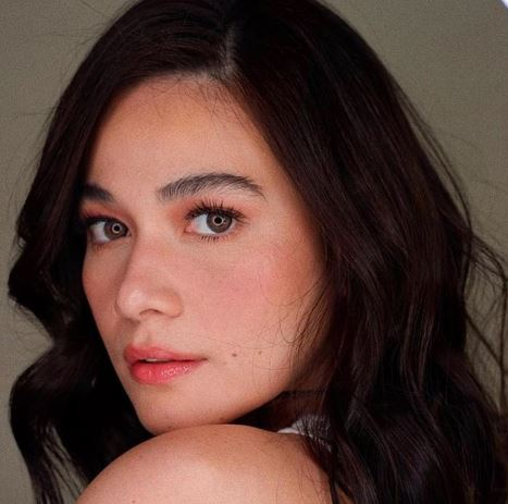 Bea Alonzo Insists That Angel Locsin Deserves The Title 'Movie Queen'