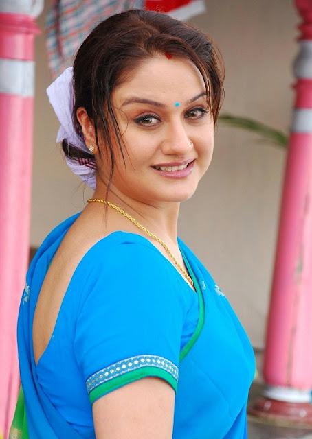 Sonia Agarwal Latest Saree Photos