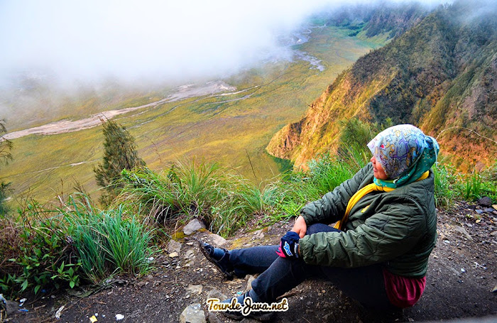 di point Seruni menikmati Sunrise Bromo