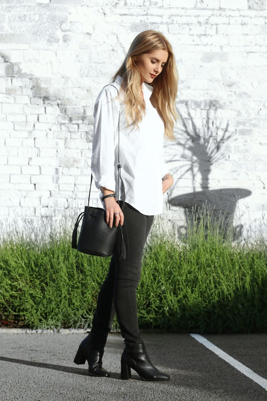 The favourite combo white shirt black jeans fashion for White shirt black pants