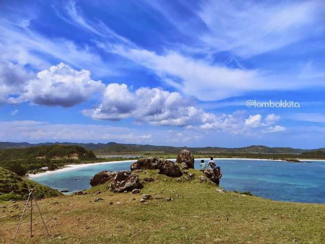 lokasi Bukit Merese Tanjung Aan Lombok