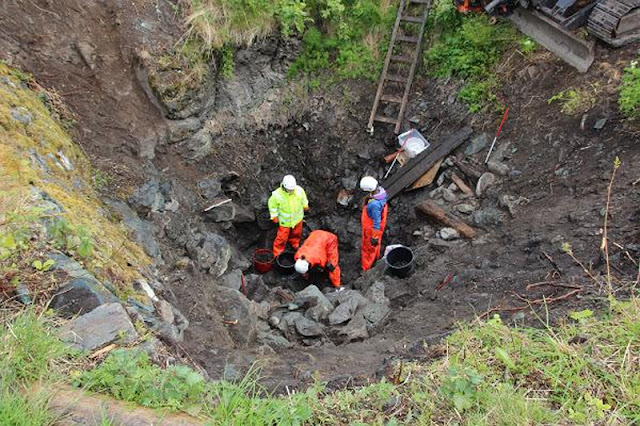 Skeleton found in well confirms Viking Saga
