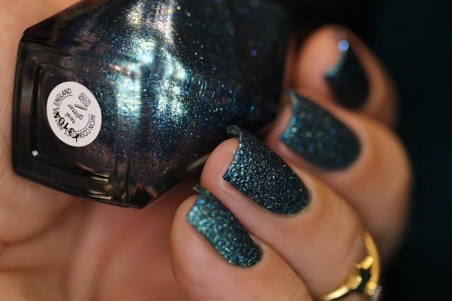 Avon, Stardust, Black Sequins, Sylver Crystals, Preto, Prata, Rosa, Teal, Teal Glitter, Coleção Européia, Esmalte Texturizado, Mony D07, encerramento do Tema da Semana,