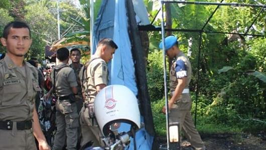 Posko Pengamanan Satpol PP Padang di Bukit Lampu Dibakar Orang Misterius