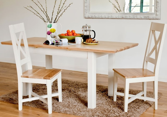 Small Dining Table for Young Couple