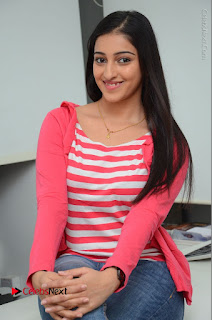 Telugu Actress Mouryani Latest Pos in Blue Denim Jeans  0168.JPG