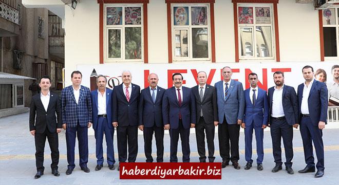 Cumali Atilla'dan Diyarbakır Ziraat Odaları Başkanlığına ziyaret