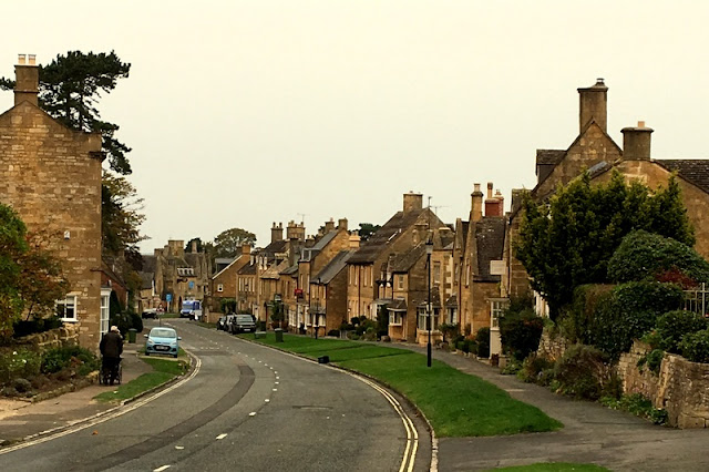 street in a Cotswold village