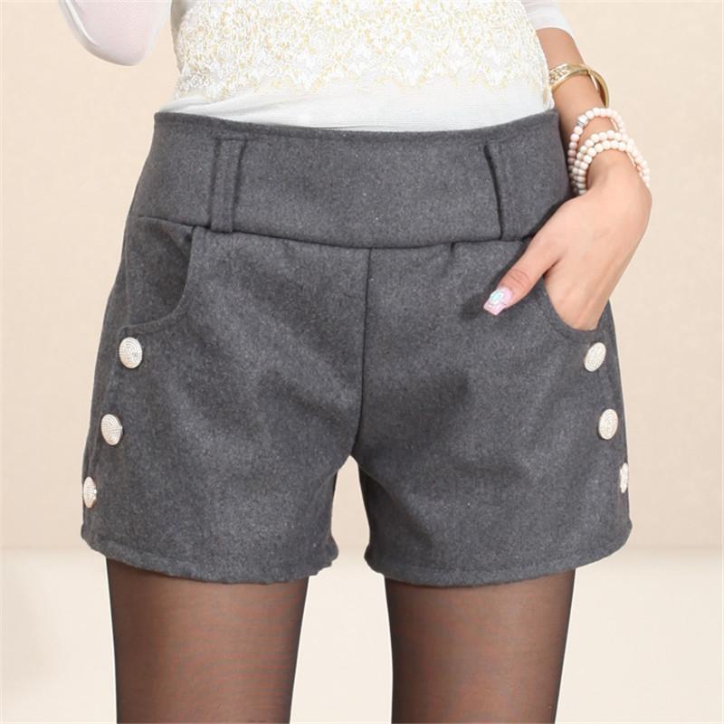 9) HOT PANTS  talvolta in jeans 1ffa09684de