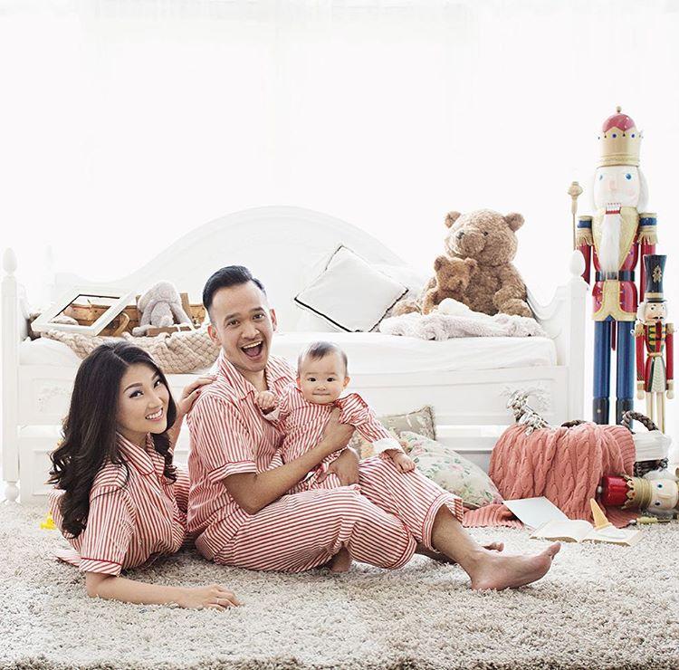 Tips Dan Referensi Pose Foto Keluarga Di Studio Mrfdn Com