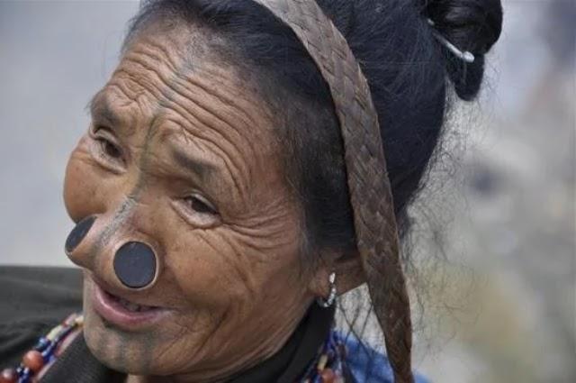 Lima Modifikasi Tubuh Paling Ekstrem, karena Tuntutan Tradisi